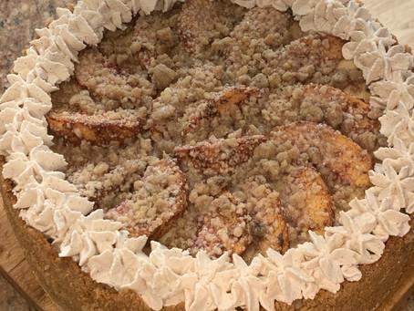 🍑 Bourbon Peach Crumble Cheesecake 🍑
