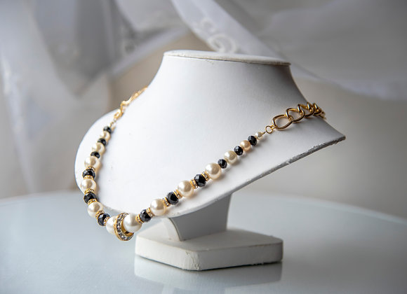 Black and White Chain Necklace
