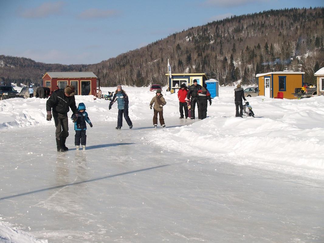 village sur glace st-zenon.jpg