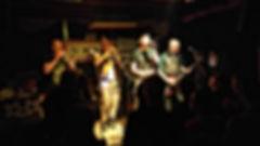 Les ramoneurs de Menhirs au bar de la fontaine de Brocéliande