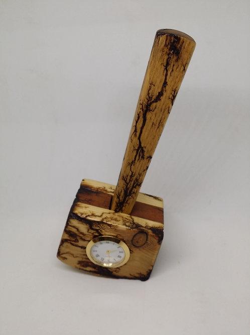 desk/mantle clock hammer design
