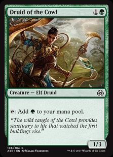 MAGIC THE GATHERING AETHER REVOLT Single Card - 106/194 : Druid of the Cowl