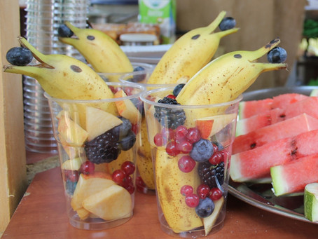 Delfini di frutta