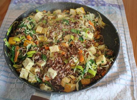 Riso con tofu e verdura