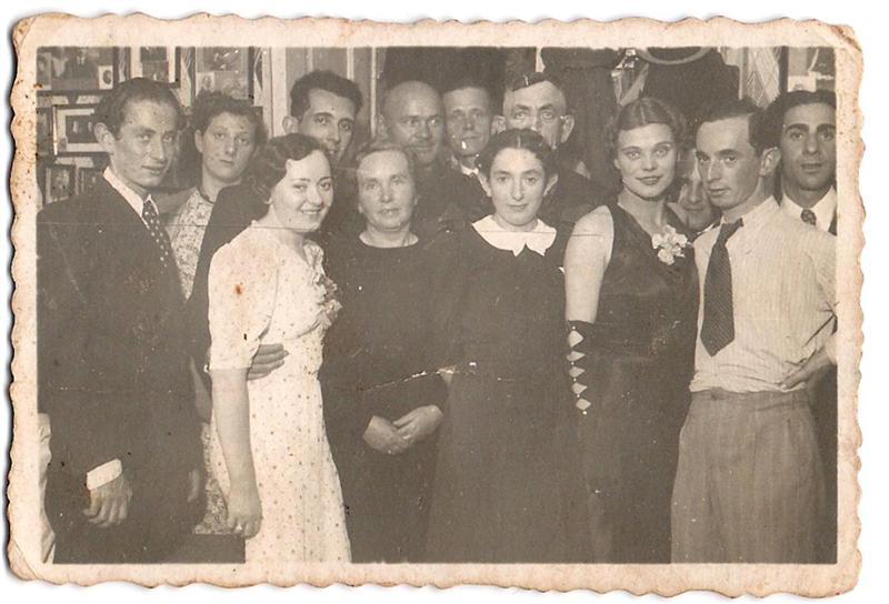 משפ גולדשייד1938 - The Goldszajd Family.jpg