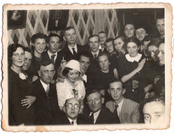 1938 - Sala and Hershel wedding.jpg