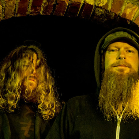 Doom duo ZAUM cross Canada tour w/ FLYING FORTRESS