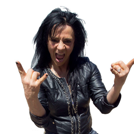 Influential frontwoman LEATHER LEONE featured this week on THE TRAFFIC JAM