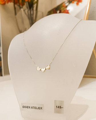 Zilveren collier met zilveren hartjes hangers, 1e. gehalte (925/000)