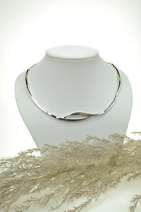 Collier zilver, Breuning, gematteerde partjes, met fantasie tussenstuk