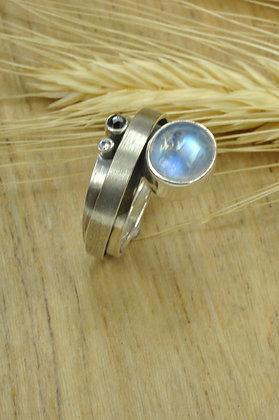 Ring zilver, Rabinovich, gewikkeld fantasie model met maansteen