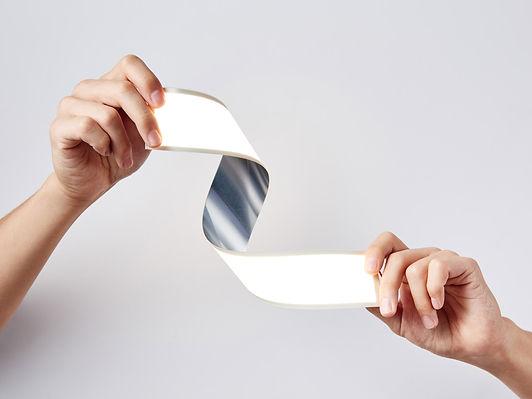 lg-display-materials-flexible-oled2-ligh