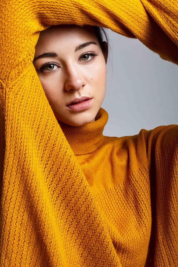 Aylin_foceni_modelka