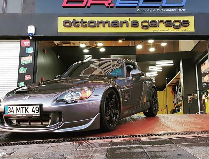 Ottoman's Garage3.JPG
