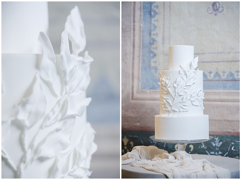 Photos de détails du wedding cake :mariage au Château de Sénéguier.