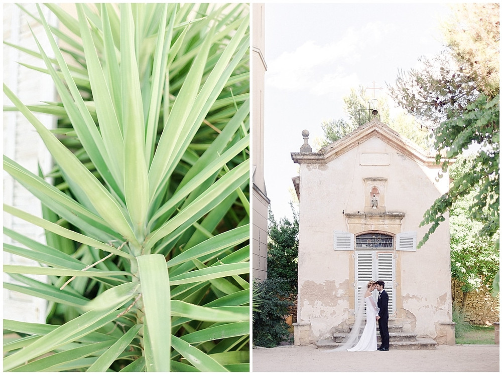 Photo de couple devant la chapelle du Château de Sénéguier en Provence