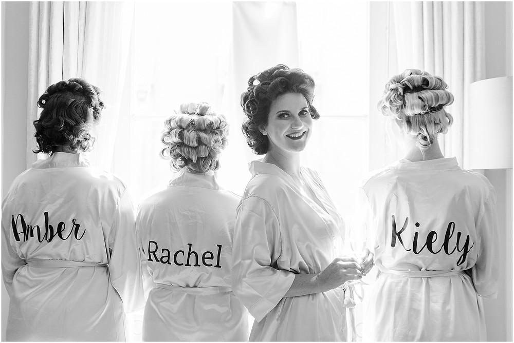 pourquoi vous devriez choisir que votre photographe de mariage couvre vos préparatifs