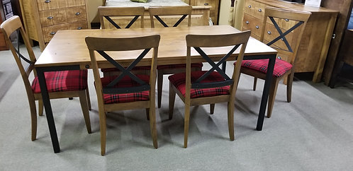 Canadel Table /w 6 Chairs