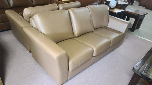 Bayview Leather Sofa& Loveseat