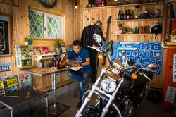 ハーレーバイクガレージ | 九州・福岡のガレージ