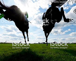 iStock162357664-HorseRacing-2000px.jpg