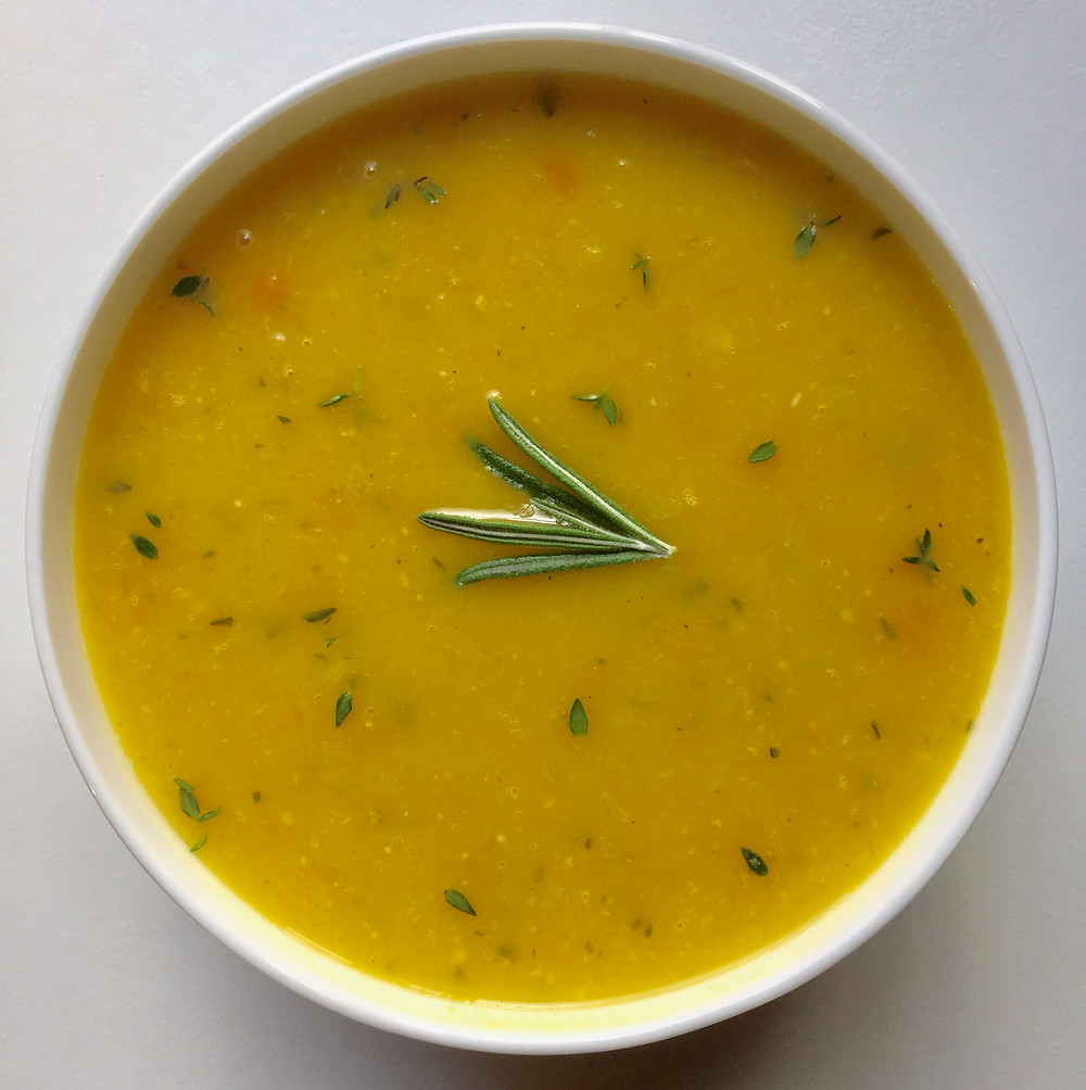 Fall acorn squash and garlic soup