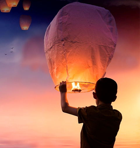 balloon-3206530_1280_edited.png