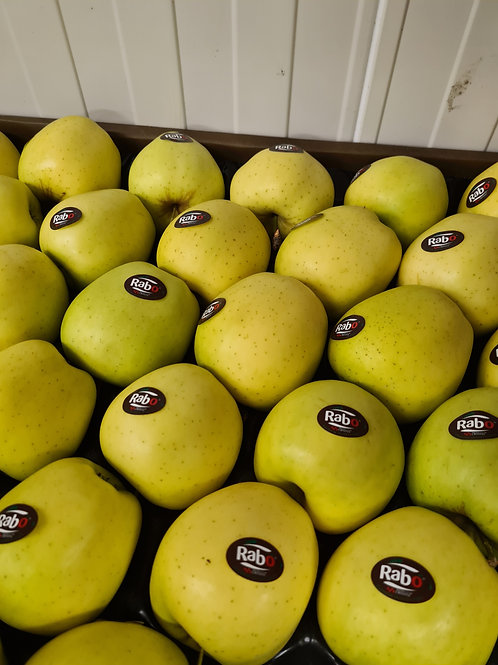Golden delicious Apples. 1 kg