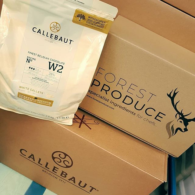 ON OFFER Callebaut White Chocolate Callets 2.5kg bag £16.50 01884 849274