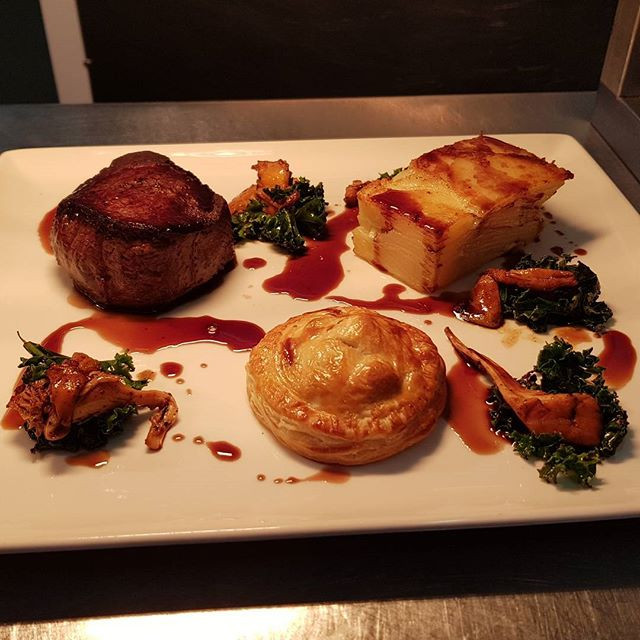 Lovely #foodpic of our Venison & Girolles