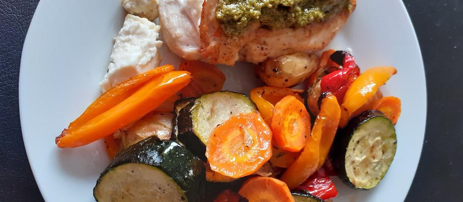 Hühnerbrust mit Feta gefüllt und Ofengemüse (2 Portionen)
