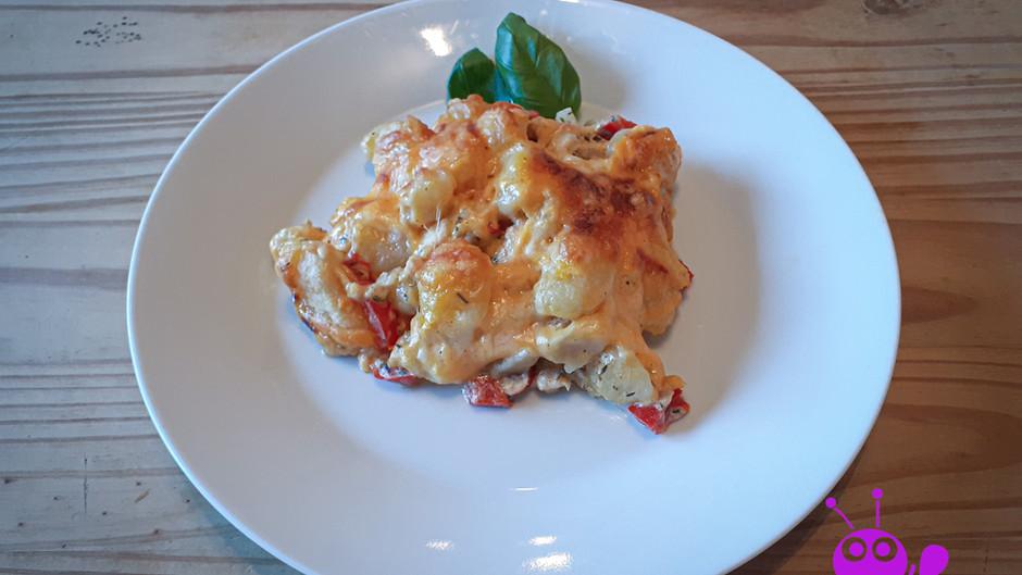 Hühnchen mit Gnocchi in Paprikarahm     (3 Portionen)