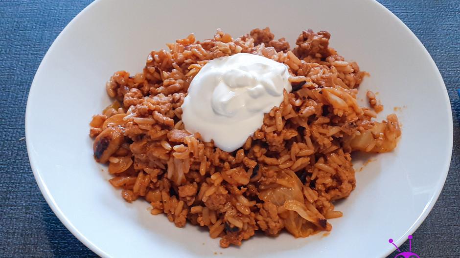 Spitzkohl-Hack-Pfanne mit Reis ( 3 Portionen)