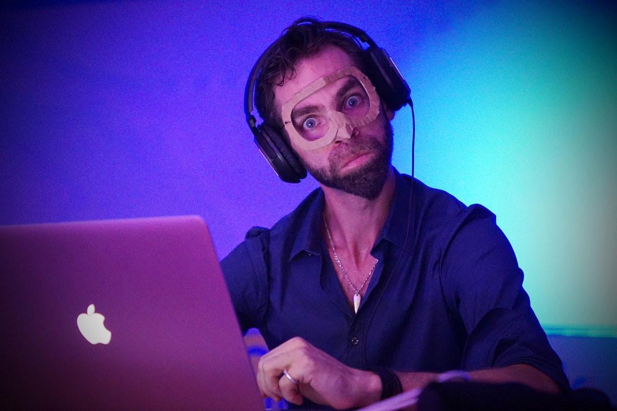 DJ-4.jpg