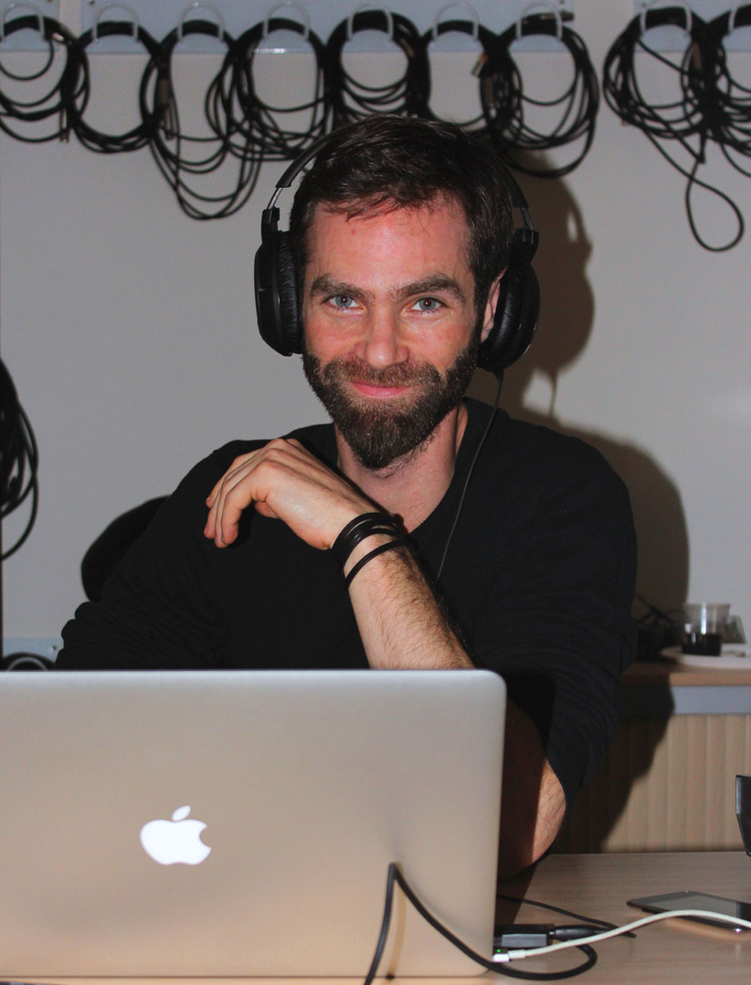 DJ-8.jpg