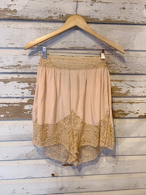 c. 1920's Chantilly Lace Trimmed Tap Shorts [S]