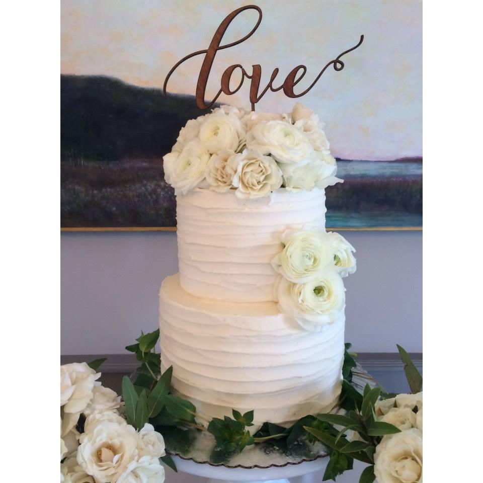 14 & Hudson wedding cake.jpg