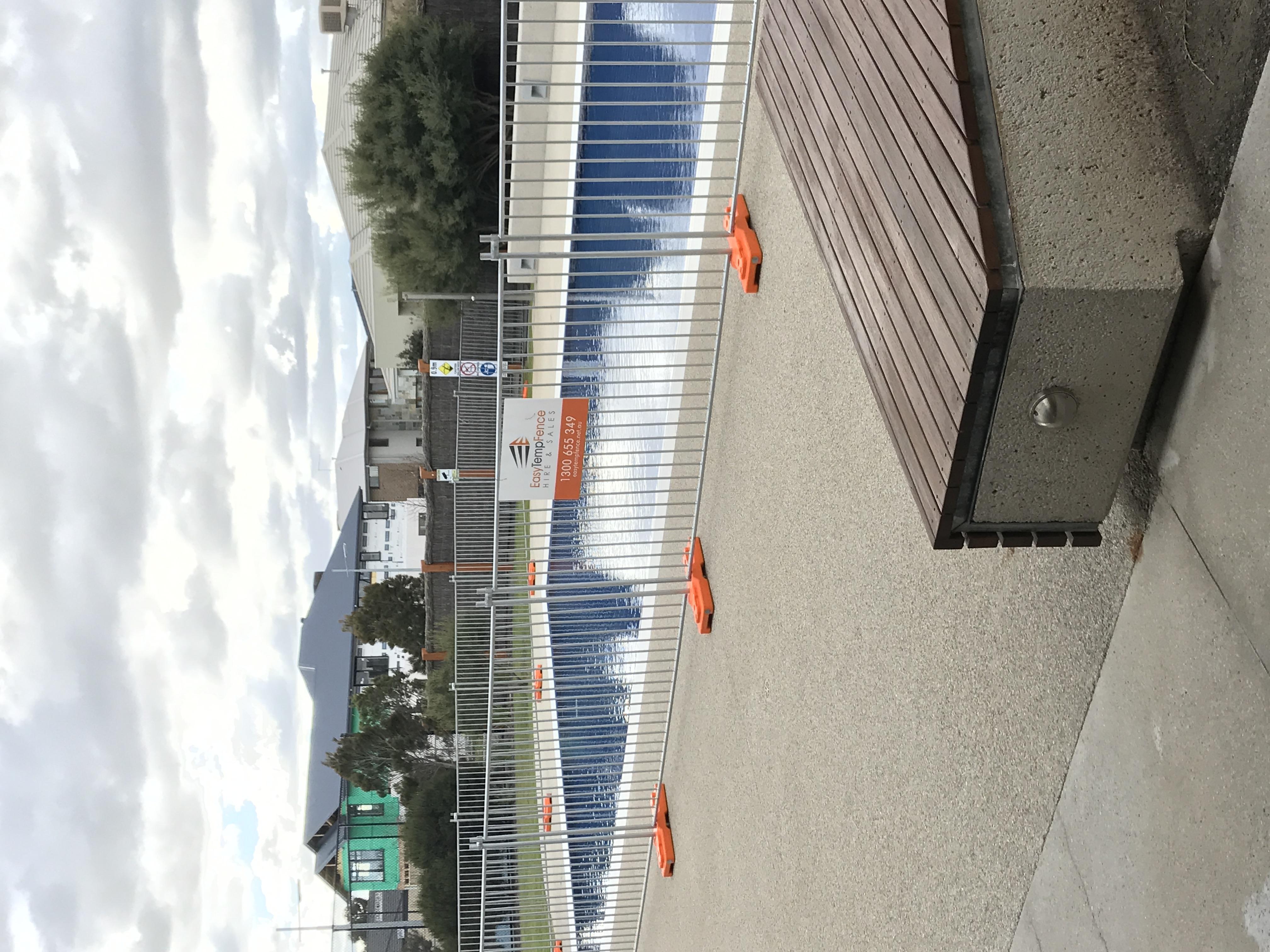 Pool Temp Fence