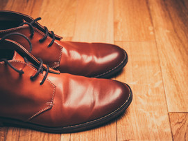 Make your old shoes look brand new with shoe cleaning services Dubai!