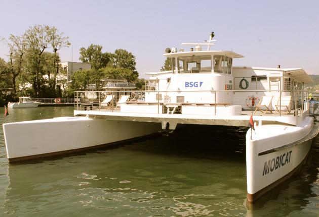 Brunchfahrt auf dem Solarkatamaran MobiCat – Rund um den Bielersee