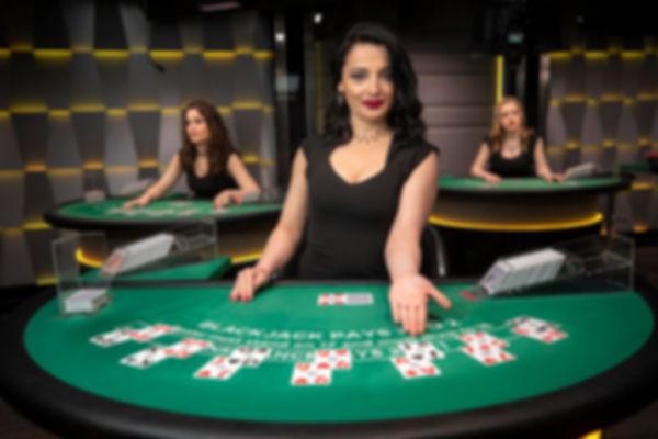 live-dealer-blackjack-2.jpg