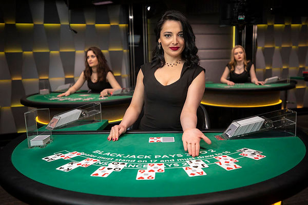 live-dealer-blackjack-2.jpg