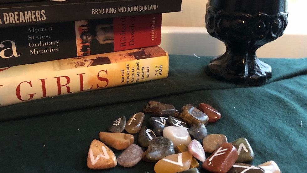 Tumbled Stone Rune Set