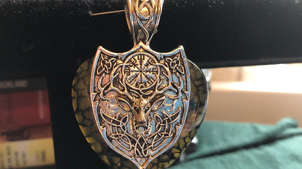 Dragonvein Agate with Celtic Stag Shield Pendant