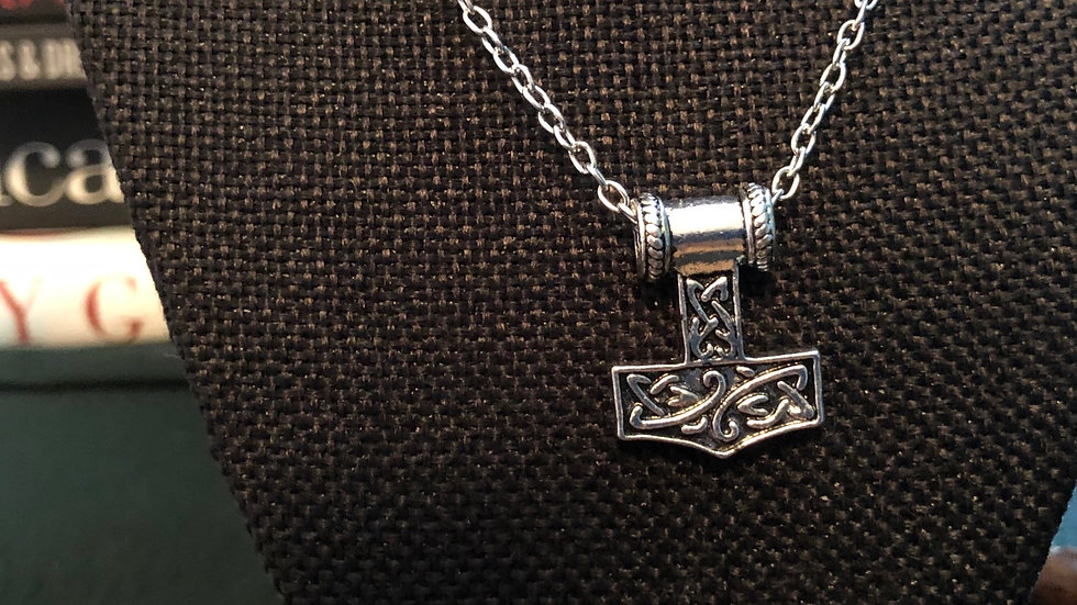Mjorlnir Necklace with Chain