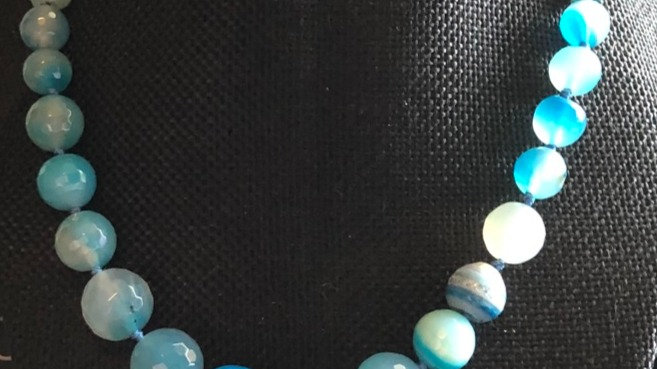 Color-Enhanced Beaded Agate Necklace