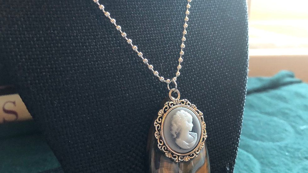 Gold Tigerseye Cameo Necklace