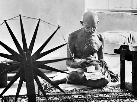 Gandhi Öfkelenmez Miydi?