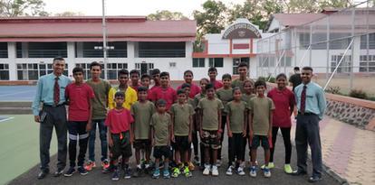 START kids visit players from NDA