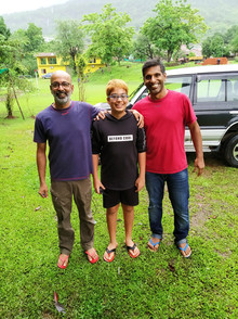 Player Aimaan Zakaria with Munna and Ritwik